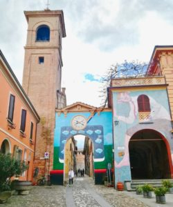 Dozza borgo medievale dei murales