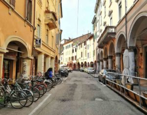 vivere a bologna nel quartiere universitario