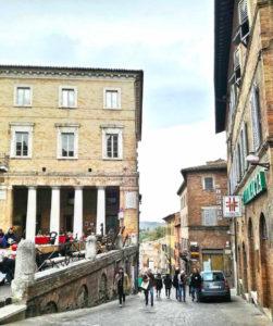 Cosa vedere a Urbino Piazza della Repubblica