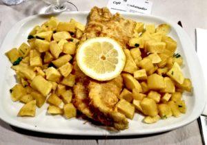 Piatti tipici portoghesi bacalhau impanato