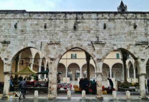 Ascoli Piceno cosa vedere chiostro san Francesco