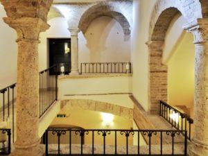 Ascoli Piceno cosa vedere hotel Palazzo dei Mercanti