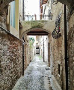 Ascoli Piceno cosa vedere vicolo centro