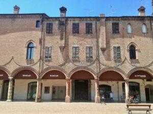 Carpi tra le piccole città da visitare in Italia