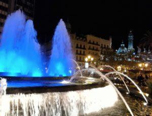 cosa vedere a Valencia fontana illuminata