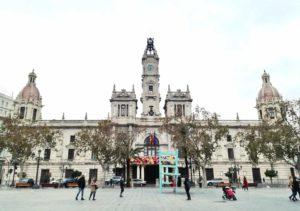 cosa vedere a Valencia la piazza del municipio