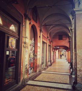 dove-mangiare-a-Bologna-portici