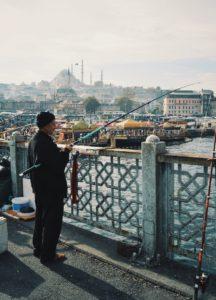 cosa vedere a istanbul se non i pescatori sul ponte di galata