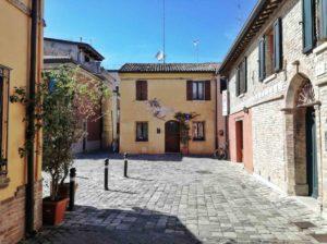 Cosa vedere a Rimini le case colorate di borgo san giuliano