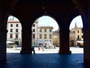 Cosa vedere a Rimini piazza cavour
