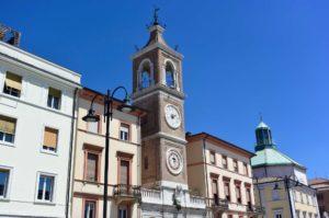 Cosa vedere a Rimini piazza tre martiri