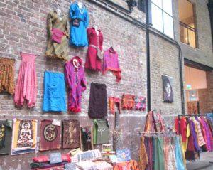 Tra le cose da vedere a Londra c'è il Brick Lane Market