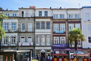 edifici del centro di braga portogallo