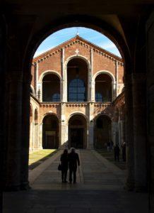 tra le cose da vedere a milano c'è la chiesa di sant'Ambrogio