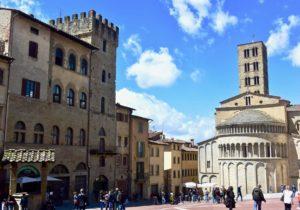 Cosa vedere ad Arezzo Piazza Grande