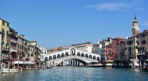 cosa vedere a Venezia in un giorno se non il ponte di Rialto