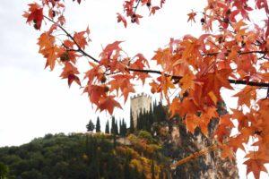 castello di arco sul lago di garda trentino