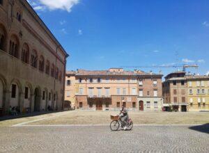 cosa vedere a Parma piazza duomo