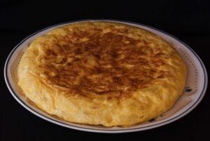 tortilla tra i migliori piatti spagnoli