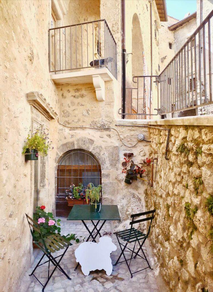 Visitare Santo Stefano di Sessanio in Abruzzo