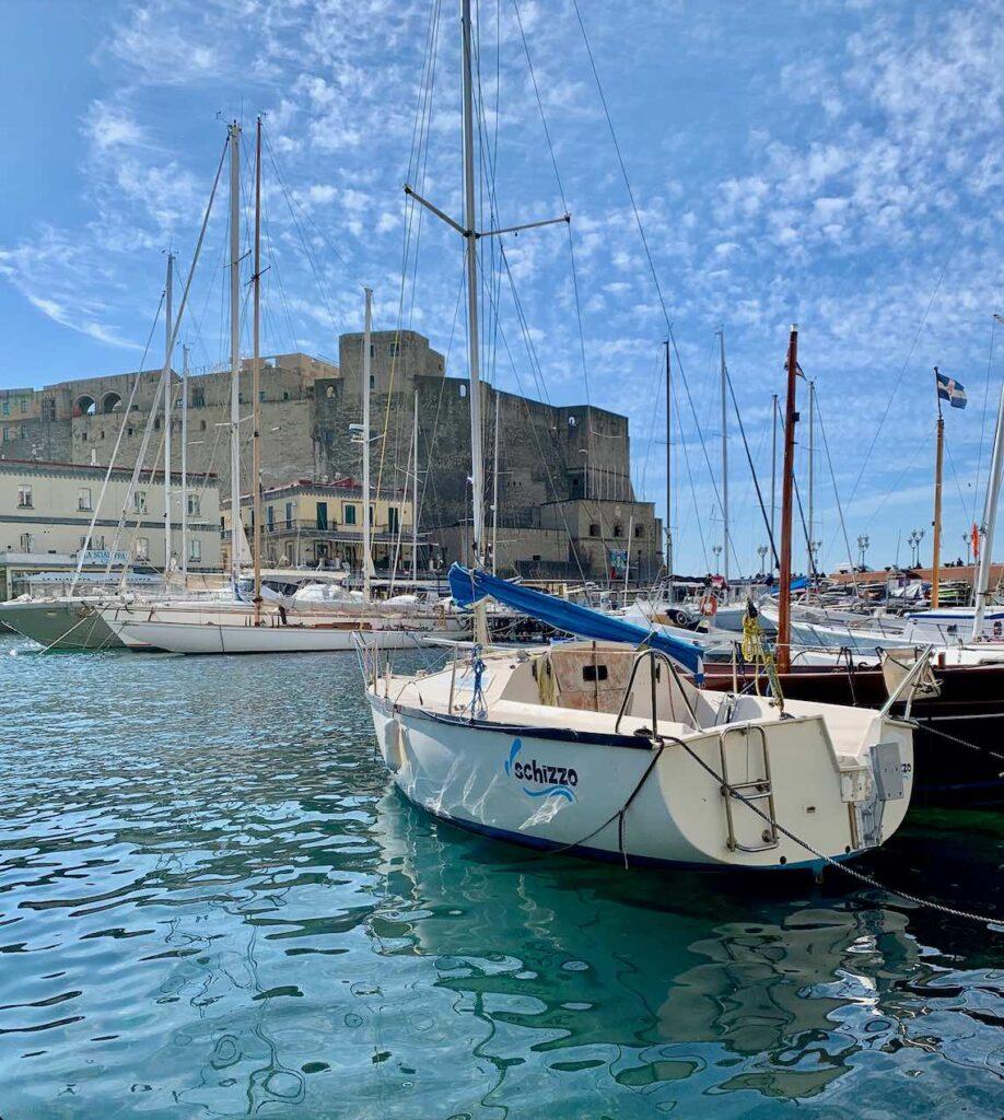 Napoli tra le città di mare da visitare